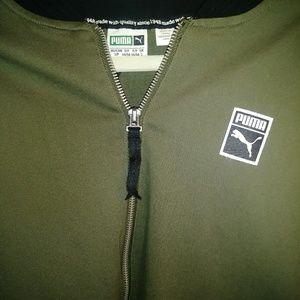 05f51a325ac7 Puma Jackets   Coats - Puma Men Woven Jacket Olive Green